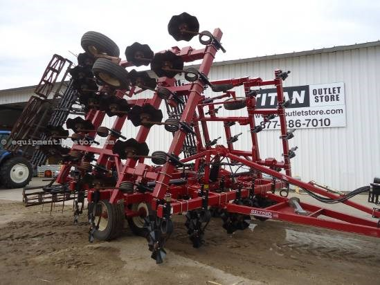 2010 Salford 570 Field Cultivator For Sale