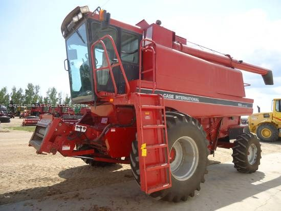 1994 Case IH 1688 Combine For Sale
