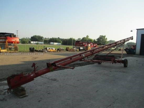 Kewanee 8X55, Paint, Hyd Lift, PTO Shaft Drive Auger-Portable For Sale