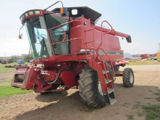 1995 Case IH 2166 Combine For Sale