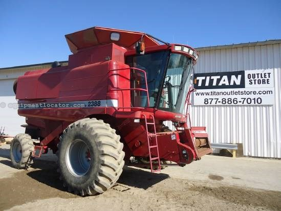 1998 Case IH 2388 Combine For Sale