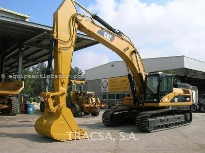 330 Cat Excavator Specs http://www.equipmentlocator.com/asp/eDetails/Caterpillar/330DL/Excavator-Track/For+Sale/eqID/1101521/eID/56/loc/na-en/close/yes/