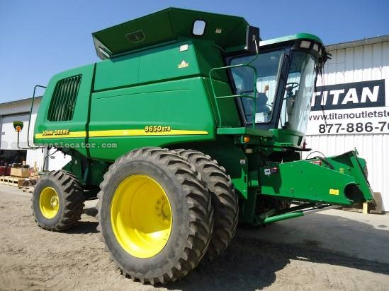 2001 John Deere 9650 Combine For Sale