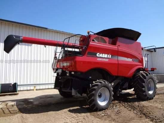 2011 Case IH 7088 - Sep Hrs 624, UPTIME READY, RT, 24 ft, NO FT Combine For Sale