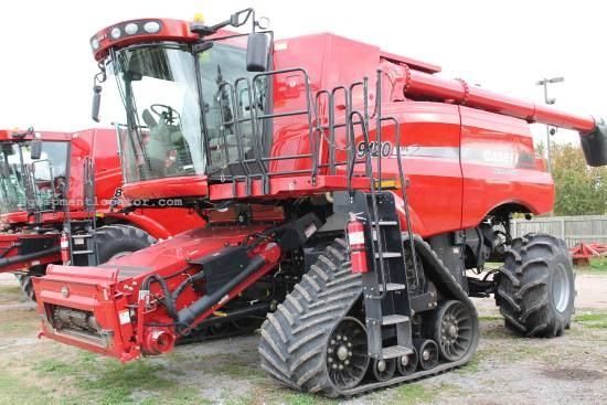 Combine For Sale:  2010 Case IH 9120T, 706 Est Hours, 270000.00 USD
