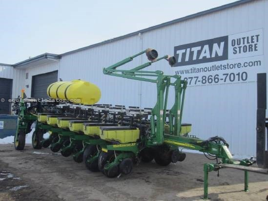 2006 John Deere 1770 Planter For Sale