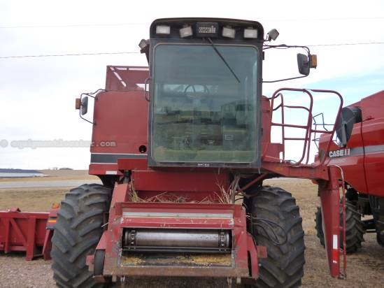 1987 Case IH 1680 Combine For Sale