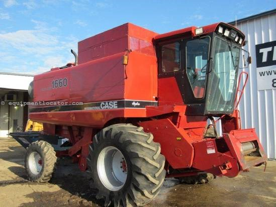1987 Case IH 1660 Combine For Sale