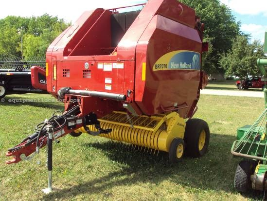 2011 New Holland BR7070 Baler-Round For Sale