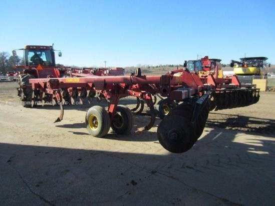 2000 Sunflower 4411 Disc Chisel For Sale