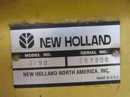 1997 New Holland TR98 Combine For Sale