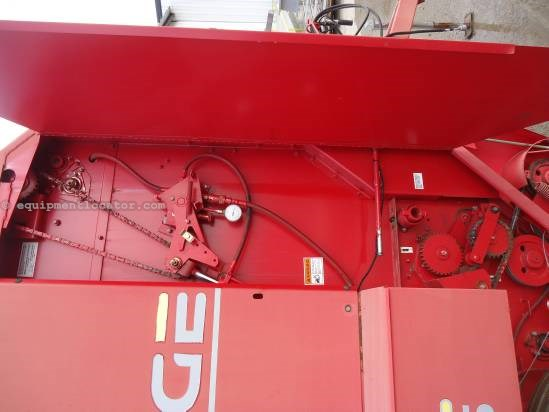 1997 Gehl 1875 Baler-Round For Sale