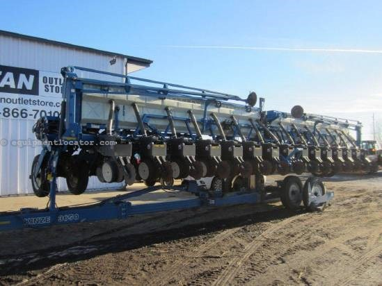 2007 Kinze 3650 Planter For Sale