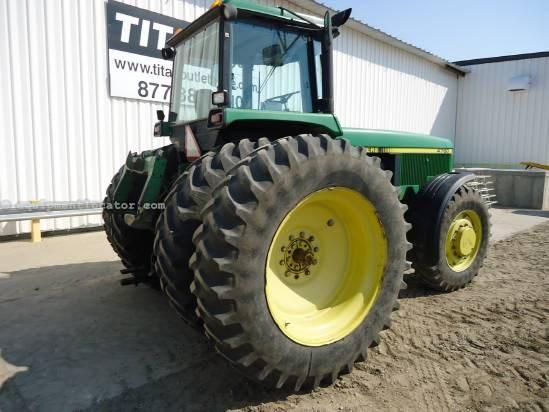 1992 John Deere 4760 Tractor For Sale