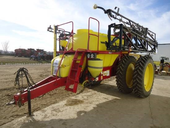 2004 TopAir 1600 Sprayer-Pull Type For Sale