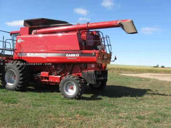 2007 Case IH 2588 Combine For Sale