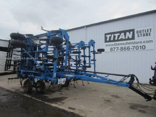 1992 DMI TMII, 39', 79 Shank, 5 Section, Tine Harrows Field Cultivator For Sale