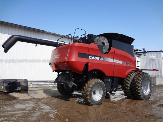 2005 Case IH 8010 - Sep Hrs 1941, UPTIME READY, 20.8R42, 24 ft Combine For Sale