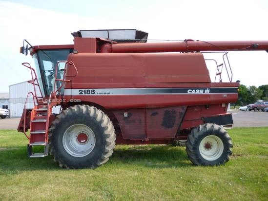 1997 Case IH 2188 Combine For Sale