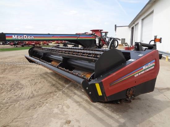 2004 MacDon 5020 Mower Conditioner For Sale