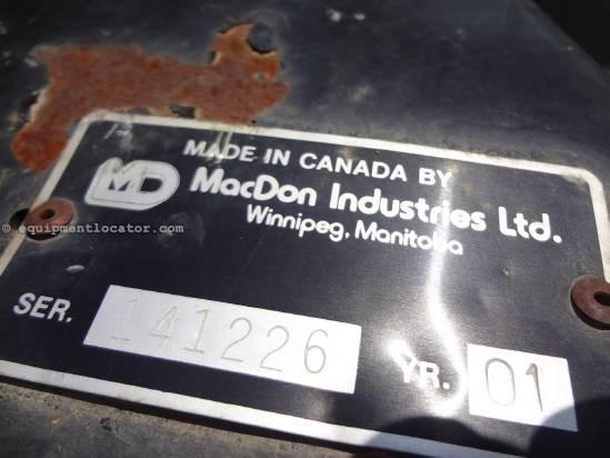 2001 MacDon 962 Header-Draper For Sale