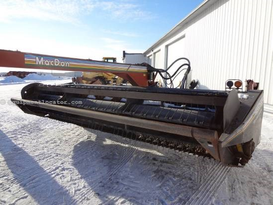 1999 MacDon 5000 Mower Conditioner For Sale