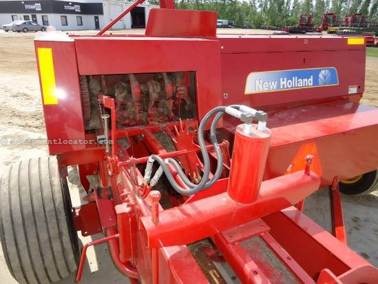 2009 New Holland BC5070 Baler-Square For Sale