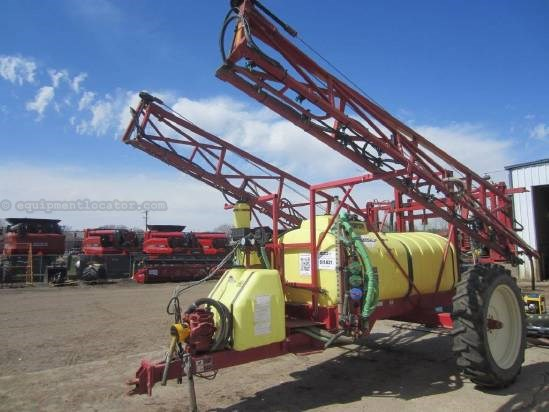 1999 Hardi 1000, Pull Type, Single Axle, 80' Suspended Booms  Sprayer-Pull Type For Sale