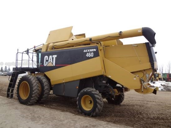 1998 Caterpillar 460 - Sep Hrs 2053, 18.4R38, Chopper Combine For Sale
