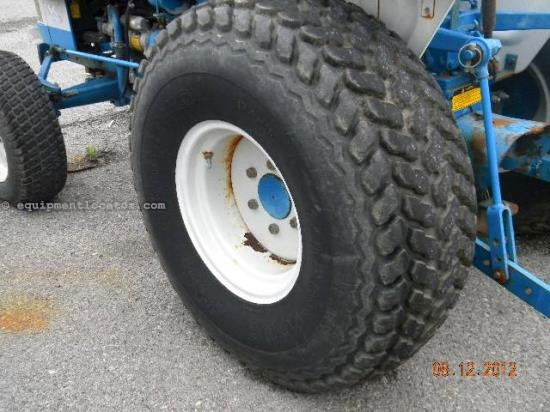 Tractor For Sale:  Ford TIRES