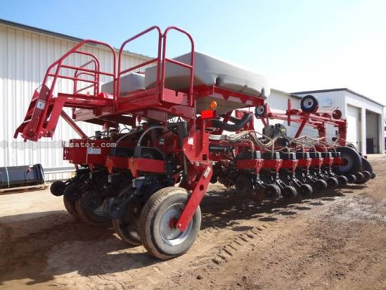 2008 Case IH 1250, 24R30, NEW DISKS, 2 PT HITCH,  Planter For Sale