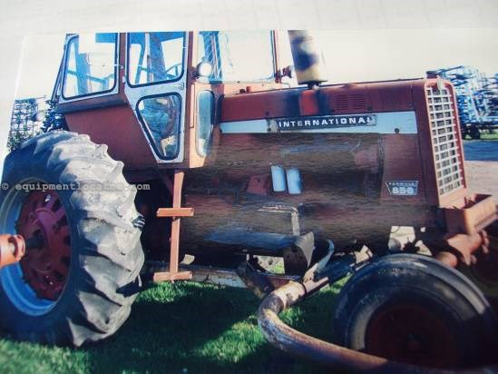 1969 International 856 Tractor For Sale
