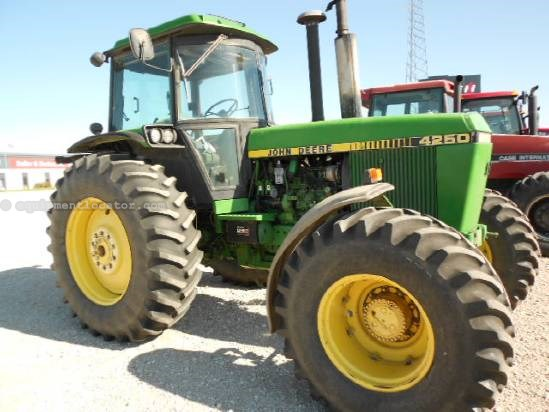 JD 4250 for Sale http://www.equipmentlocator.com/asp/eDetails/John+Deere/4250%2c+MFD/Tractor/For+Sale/eqID/1363399/eID/1/loc/na-en/close/yes/