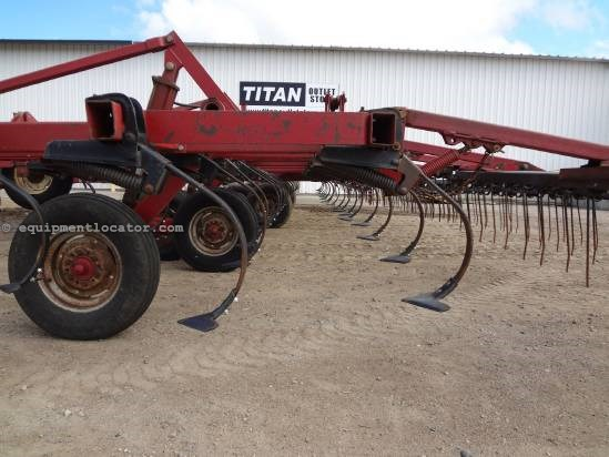 Case IH 4900 - 54 ft, 6 inch Spacing, 3 Bar Harrow Field Cultivator For Sale