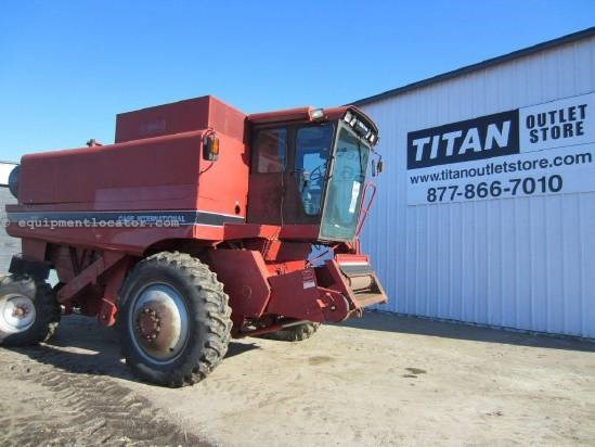 1992 Case IH 1680 Combine For Sale