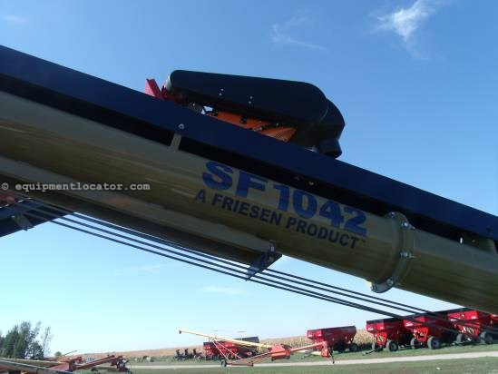 "2011 Harvest International 1042, 42', 10"" Diam, Paint, Elec Motor Drive Auger-Portable For Sale"