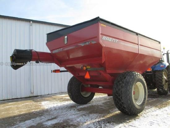 2010 Brent 782, 750 Bu, Light Pkg, Hyd Auger Folding Grain Cart For Sale