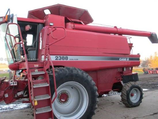 1998 Case IH 2388, 2512 Sep Hr, AHH, HD Rear Axle, Chopper  Combine For Sale