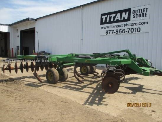 1997 John Deere 510, 18'. 7 Shank, Pull Type Disk Ripper For Sale