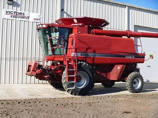 2002 Case IH 2366 Combine For Sale