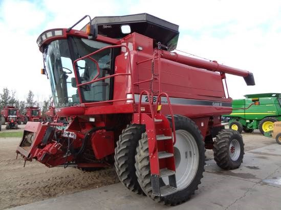 2001 Case IH 2388-Sep Hrs 2777, RWA, 420R46 Duals, Y&M, RT, FT Combine For Sale