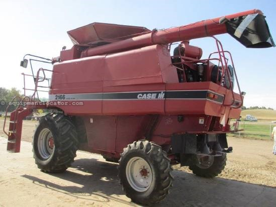 1995 Case IH 2166, 3879 Sep Hr, FT, Fore/Aft, AHH, Chopper Combine For Sale