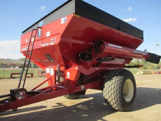 "2005 Brent 780,18"" Auger Diam, 1000 PTO, Light Pkg  Grain Cart For Sale"