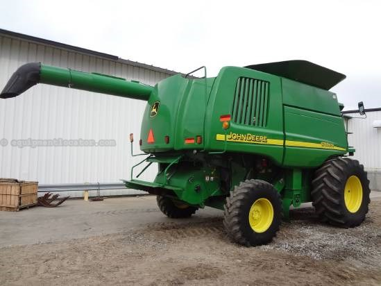 2005 John Deere 9760STS - Sep Hrs 2142, Universal AutoSteer Combine For Sale