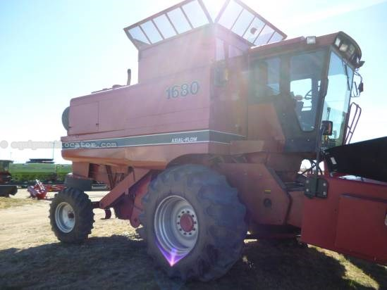 1988 Case IH 1680, 3706 Eng Hrs, Rotary Sep & Thrashing  Combine For Sale
