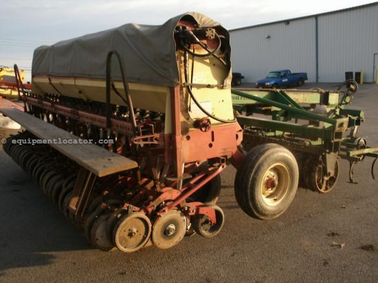 Drill For Sale:  2000 Krause 5215