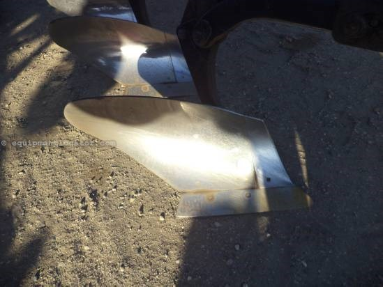 2007 John Deere 3710 - 10 bottom, Spring Resets, Coulter  Plow-Moldboard For Sale