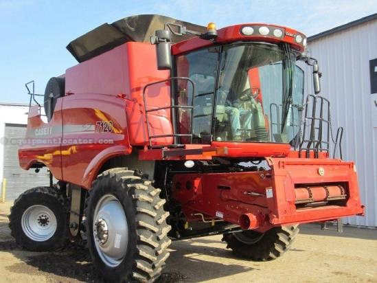 2009 Case IH 7120 Combine For Sale