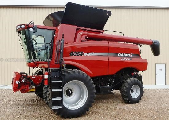 2011 Case IH 6088 Combine For Sale