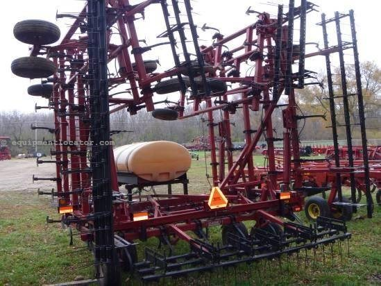 2003 Case IH 4300,48', 5 Sec, Coil Tine Harrows, Sweeps Field Cultivator For Sale